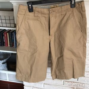 Daniel Cremieux khaki shorts